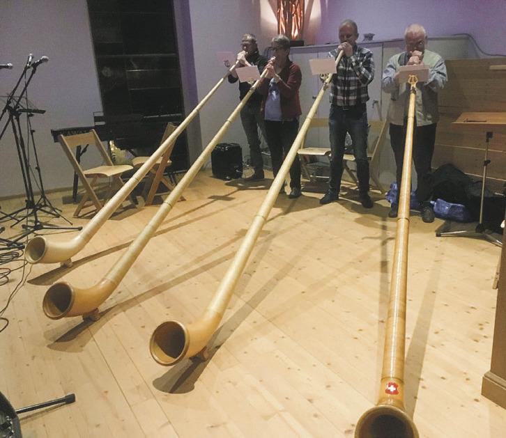 Musik, Besinnung und Stille  öffnen die Jugendkirche