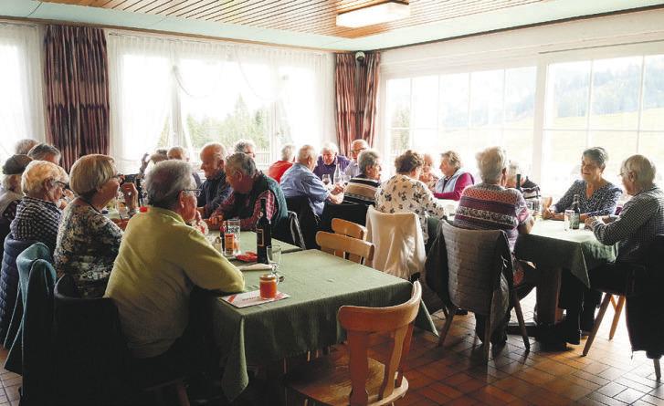 Wertvolles Mittagessen  für Senioren