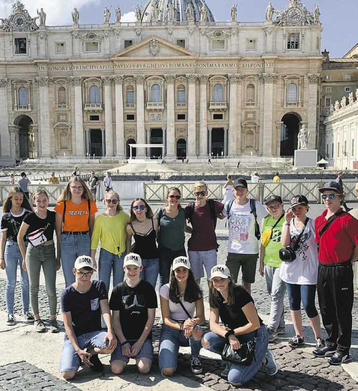 Einsiedler Schüler entdecken die wundersame Stadt Rom