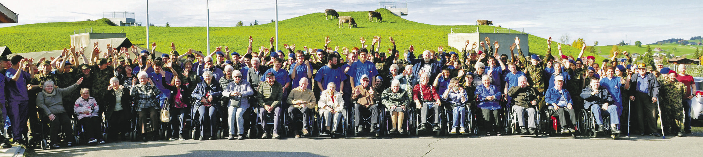 Senioren machen Militärferien in Einsiedeln