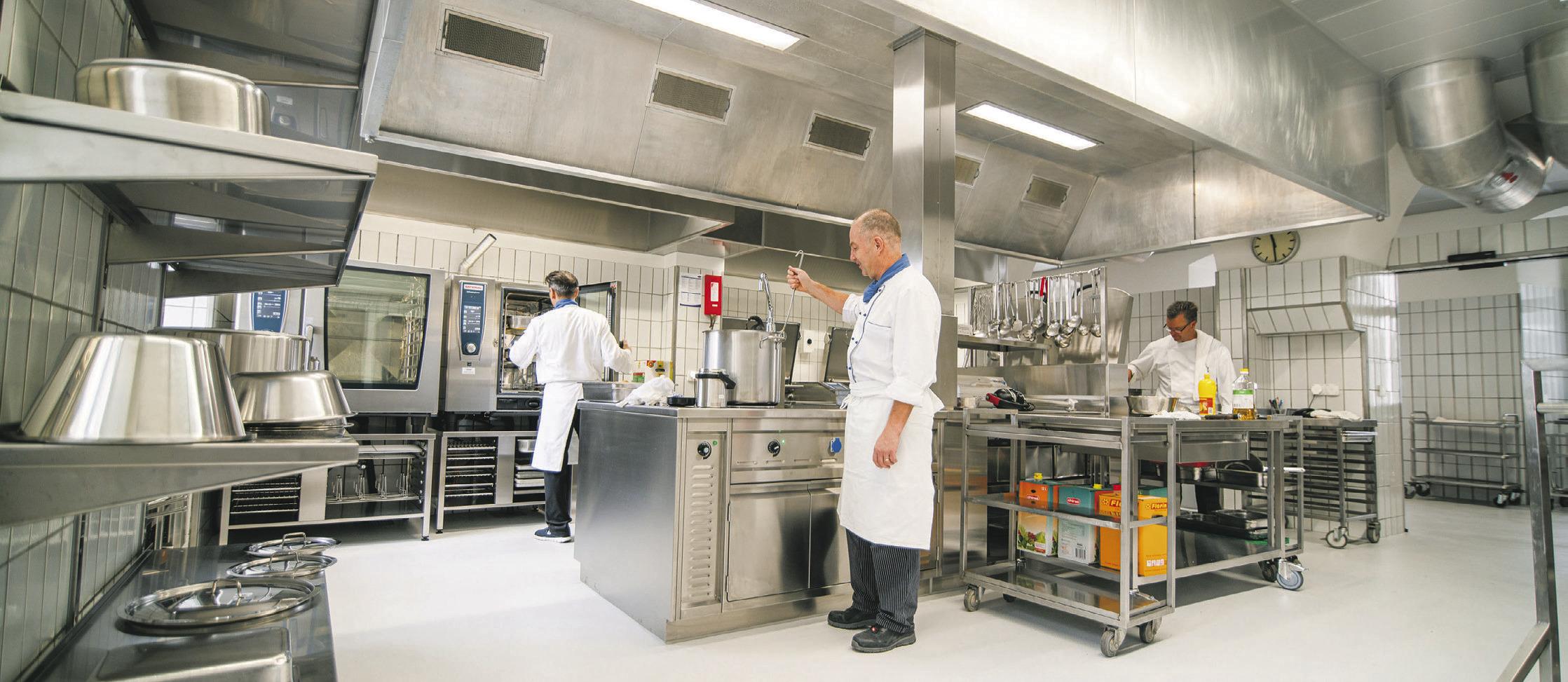 Wie Köche und Maschinen  Hand in Hand arbeiten