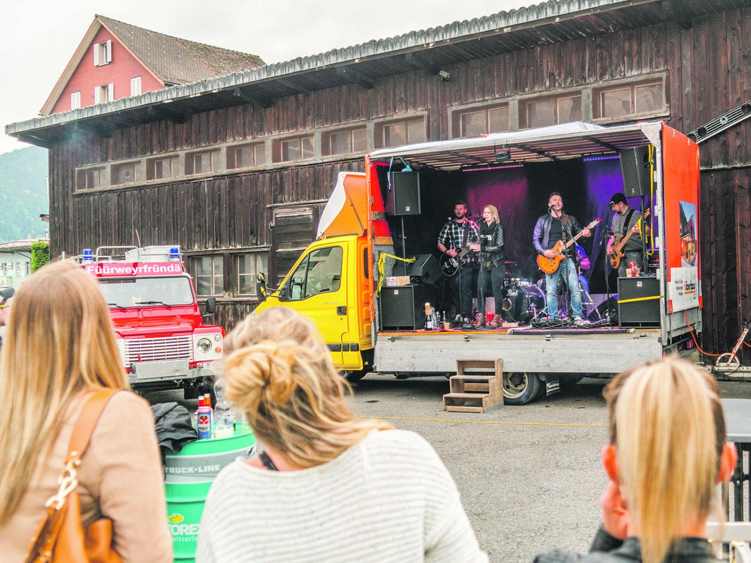 «Geheime» Konzert-Tournee brachte viel Freude in drei Dörfer