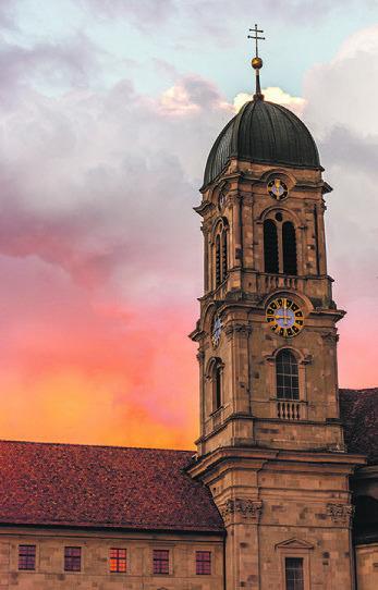Am Samstagabend, 25. Juli, schauten zwei Security-Wächter auf dem Klosterplatz