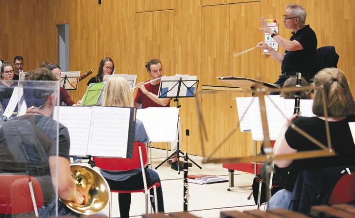 Jugendliche musizieren diese  Woche in der Surselva