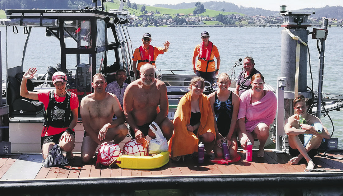 Warme Luft- und Wassertemperaturen lockten in den Sihlsee