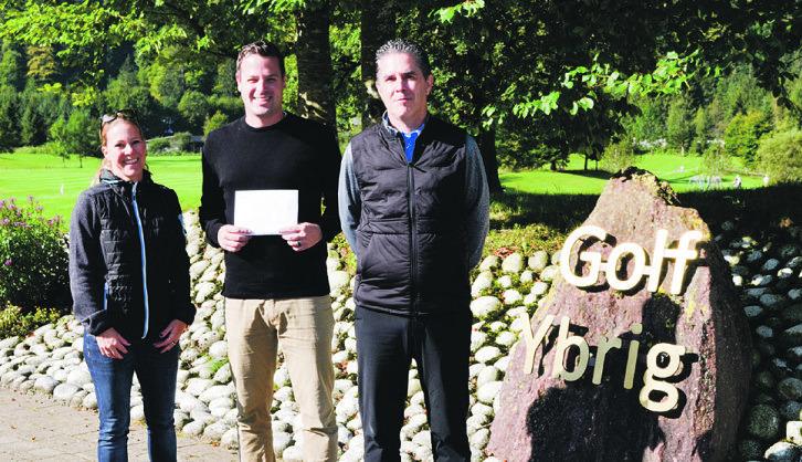 Golfer spenden für Ybriger Kinder