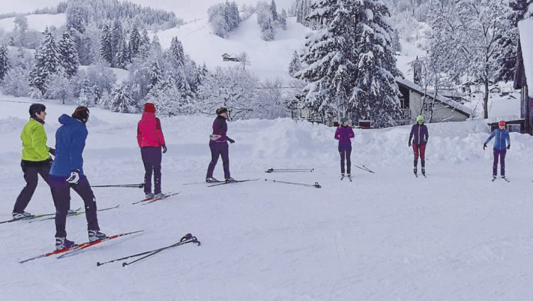 Endlich durften die Grosser Frauen  mit den Skiern auf die Loipe