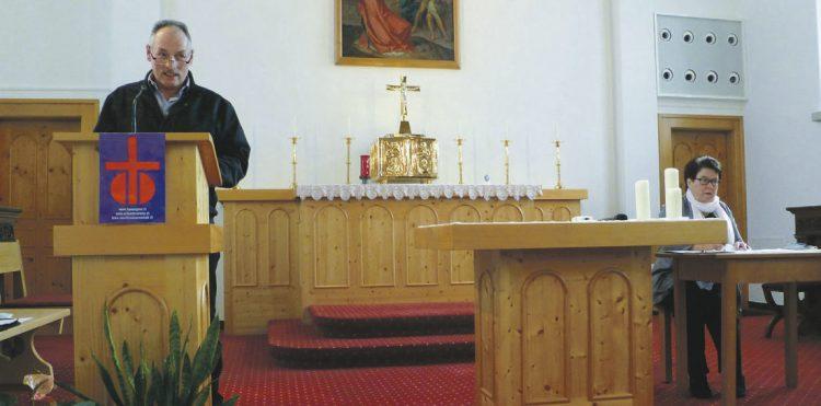 Diskussion über Häufigkeit  der Gottesdienste