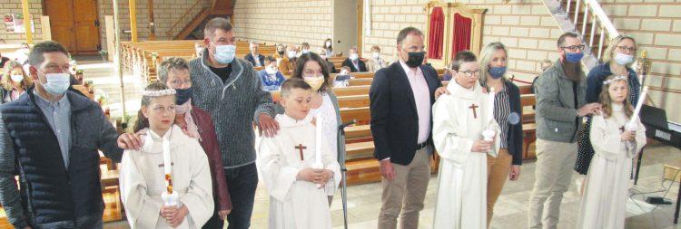 Vier Oberiberger Kinder durften ihre erste heilige Kommunion feiern