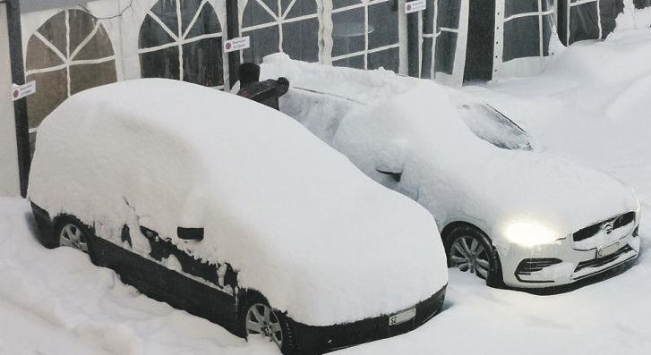 Kräftiger Schneefall und eisige Minusgrade