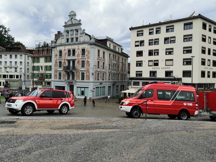 Kanton Schwyz: Über 200 Notrufe wegen heftigem Unwetter – bislang keine Verletzten.