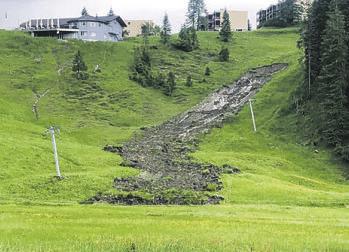 Grosser Erdrutsch im Hoch-Ybrig