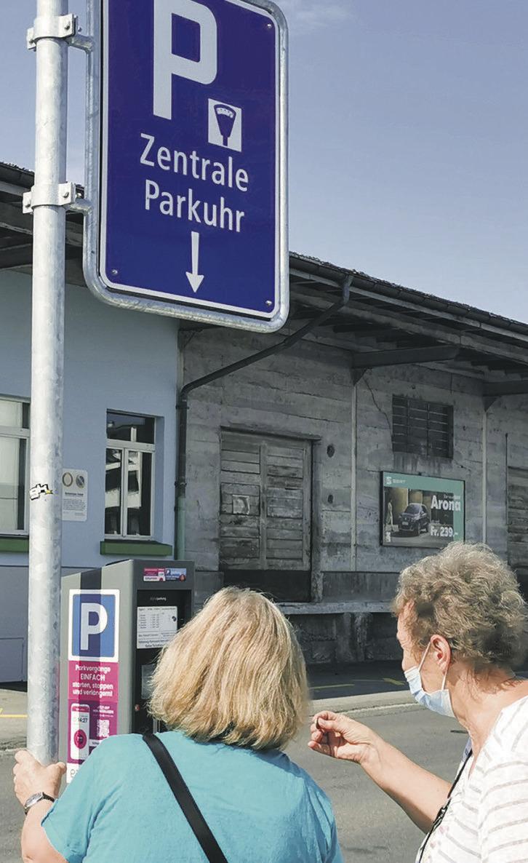 Die letzten öffentlichen  Gratisparkplätze verschwinden