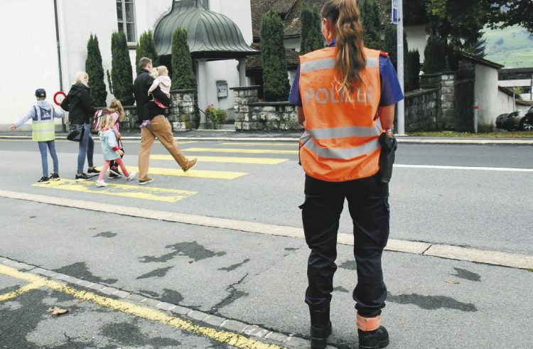 Die Schwyzer Polizei richtet das Augenmerk auf Schulwege