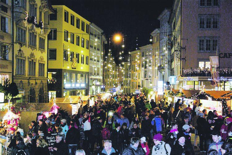 Kanton gibt grünes Licht für den Einsiedler Weihnachtsmarkt – Heute lesen, was morgen im EA steht