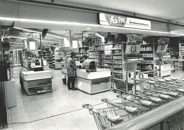 Im Jahr 1993 wurde die Migros eröffnet